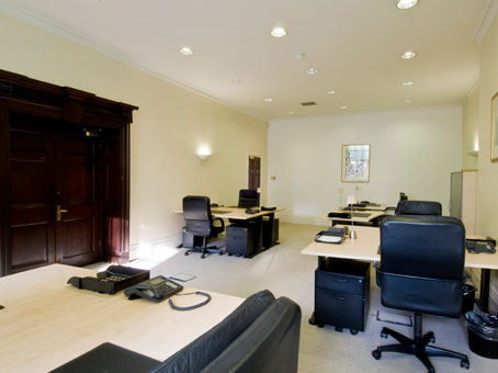 The Benefits Of Renting An Office In London City