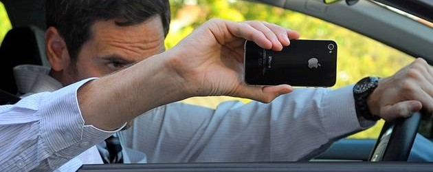 How Taking Photos Of Accidents Can Help Your Holiday Accident Compensation