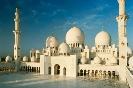 The Job Market Of UAE 2014/2015 – An Overview