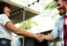 4 Ways You Can Make Potential Customers Comfortable When They Walk in the Door