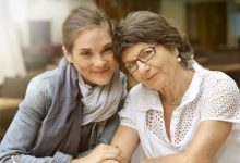 How Can an Active Businessperson Care for an Elderly Parent with Dementia